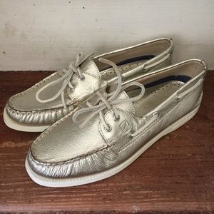 Sperry Boat Shoes NWOT